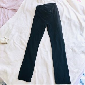 Gap Fit straight leg leggings